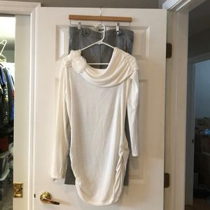 EUC Studio Y Tunic White Sweater (M)